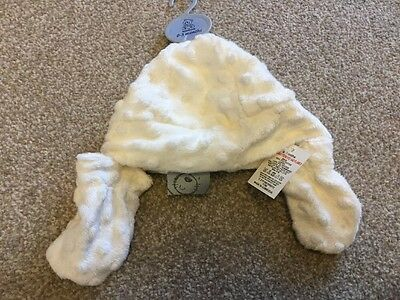 Fluffy Cream Hat And Mittens 0-3 Months