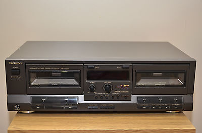 Technics RS-TR232 Double cassette tape deck in good condition.
