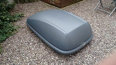 Halfords Roof Box / Luggage Pod with all Clamps and Key
