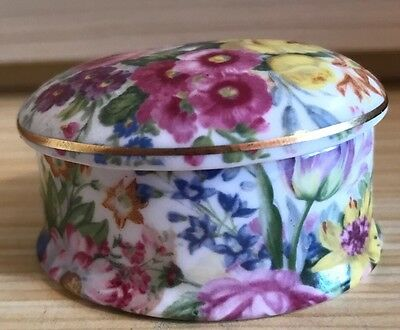 Ayshford Fine China  Staffordshire England - Trinket Pot / Pill Box