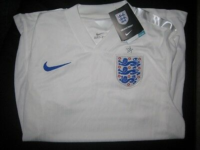 Maillot de foot NEUF de l' ANGLETERRE  ENGLAND taille S