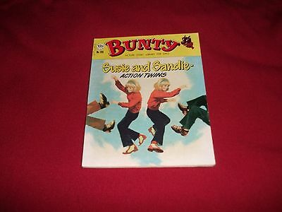 EARLY BUNTY  PICTURE STORY LIBRARY BOOK - from the 1970's