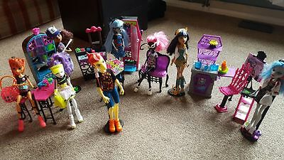 Monster High Bundle 8 dolls & 3 playsets