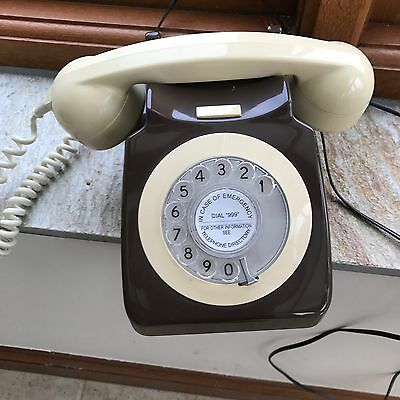Rotary Dial Telephone Retro Vintage Style