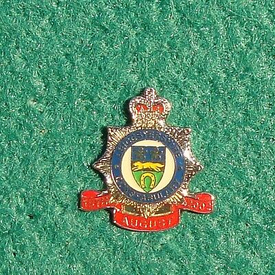 Leicestershire Constabulary Police CREST tie tac pin badge