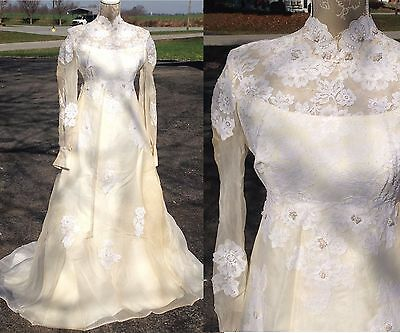 VTG 60s Victorian Style Modest Cream Offwhite Lace Long Sleeve Wedding Dress XS