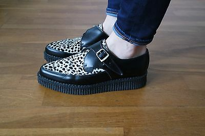 Creepers noires et blanches à boucle taille 39