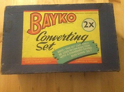 Bayko construction Converting set Roofs 2 28 & unmarked small medium