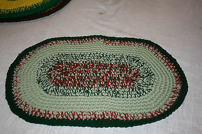 "Crocheted Yarn Rug Oval sz 21"" x 14"" madeby Gramma - New Lt#1 Green & Burgundy c"