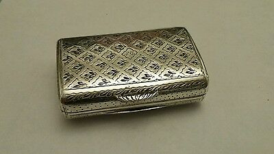 Stunning Antique Solid Silver pill box snuff box - 1837 - Thomas Edwards