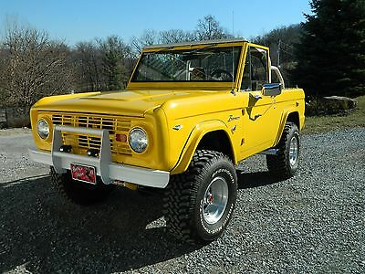 1968 Ford Bronco  1968 Early Ford Bronco 4X4 V8 289 Corvette yellow convertible