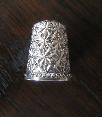 Very Decorative Antique Sterling Silver Thimble - Size 8