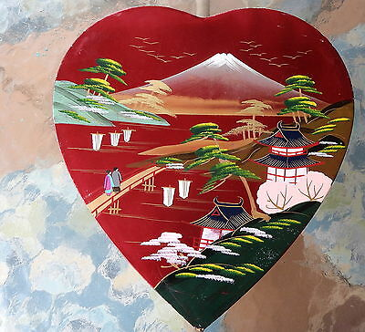 Vintage heart shaped Japanese laquered box 11 x 11