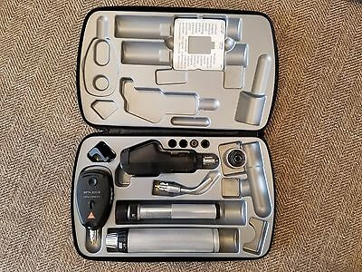Heine set (Beta 200S Ophthalmoscope, B200 Retinoscope, illuminator) soft case