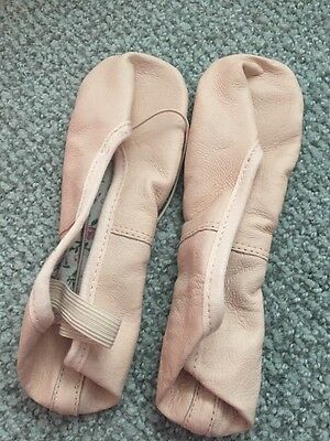 New Girls Size 1.5 Dance Ballet Slippers Shoes Pink Tie