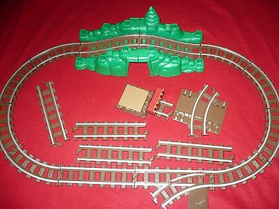 Lincoln Logs Train Tracks Replacement Parts 19 pieces