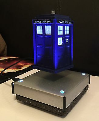 Doctor Who TARDIS Model Display - Floats In Mid Air ! Meteorite Base Rare