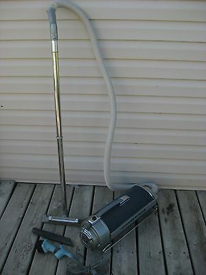Vtg Reconditioned Electrolux Rare Blue Canister Vacuum Cleaner With Attachments