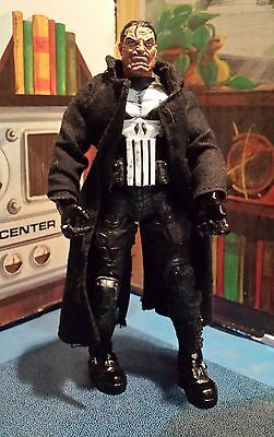"""The Punisher Marvel Urban Legends Action Figure 6"""" Toybiz Loose Great Condition"""