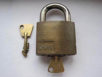 VINTAGE QUALITY BRASS CHUBB AVA PADLOCK with 2 KEYS in WORKING ORDER