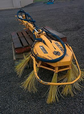 Sadie Orchard Sweeper In great condition