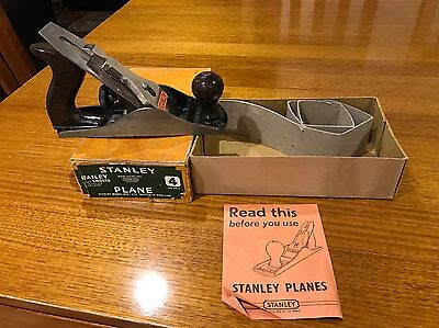 VINTAGE STANLEY PLANE IN VGC. Made In England From 1950's
