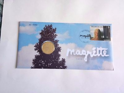 Enveloppe avec Timbre+medaille   Magritte