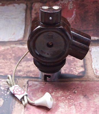 Convert 1 to 2 - Vintage B22 Bakelite BC Bayonet Pull Switch Lamp Holder Adapter
