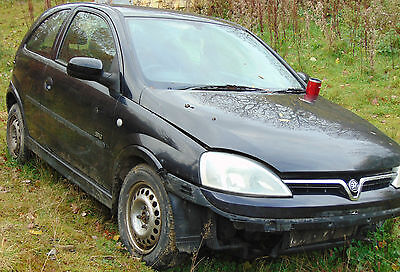 Vauxhall Corsa C 1.2 Sxi Breaking For Spares
