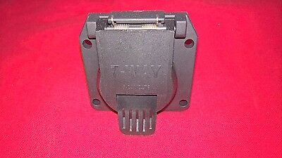 NEW Plug & Socket Assembly, 7-Pin, For RV & Other Trailer Applications 0555