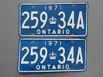 1971 Ontario License / Licence Plates (Pair) - 25934A