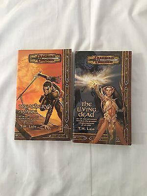 Dungeons and Dragons Lot Of 2 Books EUC
