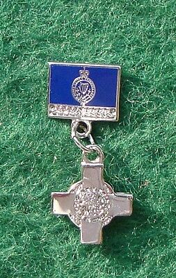 RUC Royal Ulster Constabulary Police DANGLING GEORGE CROSS tie tac pin badge