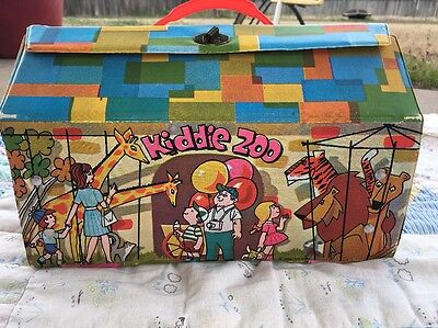 Vintage Ideal Toy Corp. Plastice Kiddie Zoo Carry Case Kiddle Size