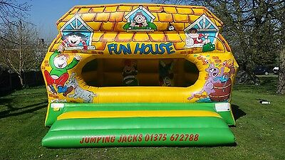 Fun House Bouncy Castle with enclosed ball pit - 21ft x 15ft