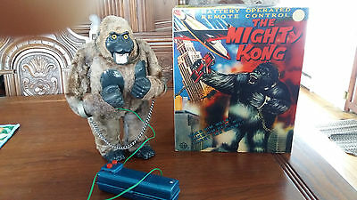 Rare 60's  Vintage  Japan  Marx Mighty  King  Kong  Battery -Op  + Box  Works!!