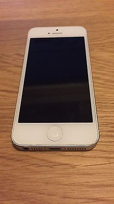 Apple iPhone 5 16GB Silver White Smartphone UNLOCKED Good Condition!