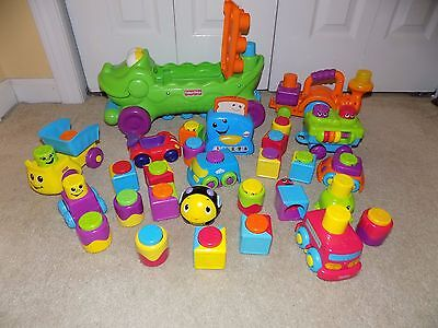 Fisher Price Rolling Alligator Playset w/Sound Effects