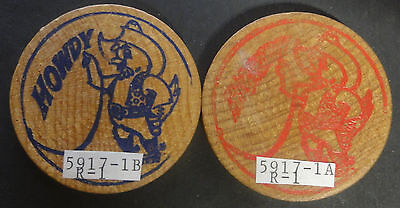 Vintage Walkerton,Canada Wooden 25 Cents CHICKENFEST~HOWDY~Combined S.& H.