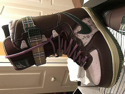 Nike Zoom Force 1 Womens Size 5.5 Snow Boots  + Free Shipping
