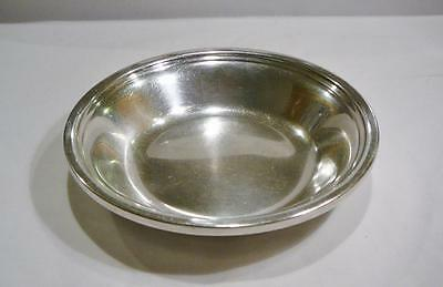 """Lovely Vintage Reed & Barton Silver Plate 6"""" Round Bowl."""