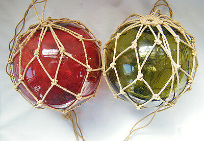 Vintage Made in Czechoslovakia Red and Green Glass Fishing Buoys 2