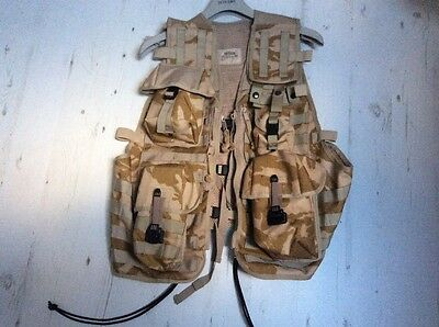 BRAND NEW Assault Vest in Desert DPM with pouches
