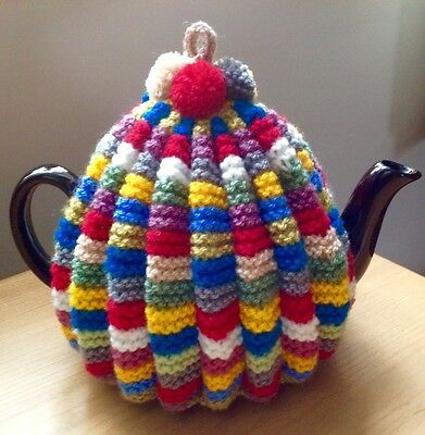 Traditional vintage style hand knit tea cosy / Cosie with hanging loop.
