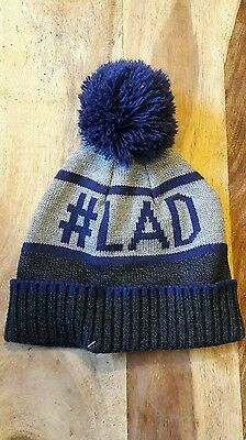 boys winter hat brand new with out tags!! age 5-7 yrs