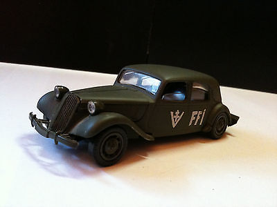 Citroen Traction 15 Six, Solido Militaire 1/43, Sans Jeu Made In France
