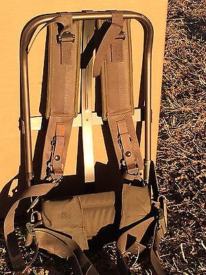 Mint large medium Alice Field Pack frame and straps complete military setup