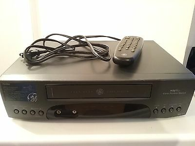 General Electric Video Cassette Recorder With Remote Tested