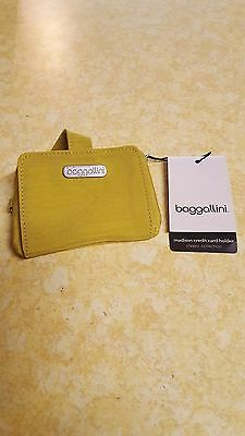 Baggallini Madison Credit Card Holder Nwt
