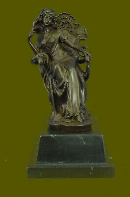 Royal Victorian Lady Woman M.Lopez English Art Signed Bronze Statue Sculpture